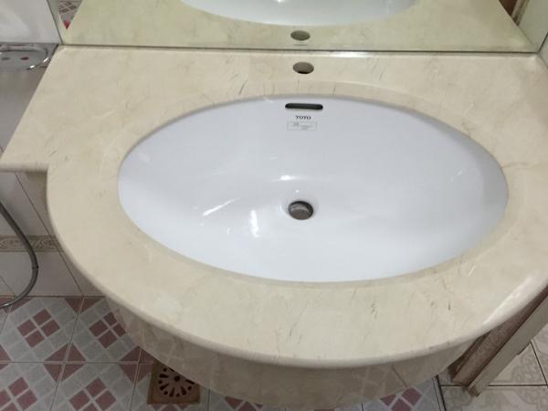 da-cam-thach-marble-op-lavabo-dep